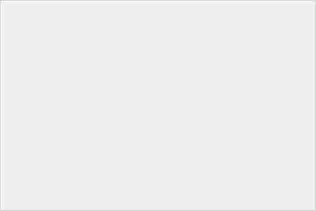 靚芒 + 金屬風!Sony Xperia P 實機直擊-0