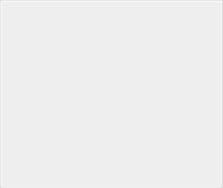 紅色回歸 !! SONY 新機 XPERIA XZ3 IFA 登場 - 2