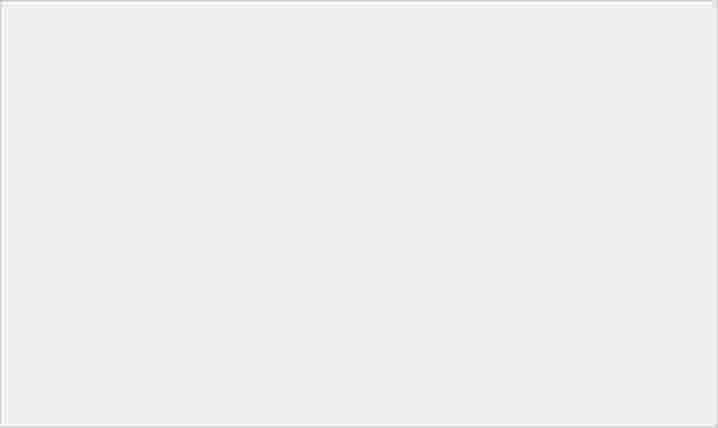 魅族 Zero 發表:採無開孔一體成形機身設計、支援 18W 無線快充和螢幕指紋辨識機能 - 5