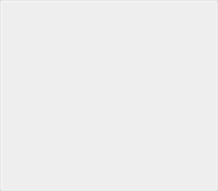 【2019 年 6 月新機速報】ZenFone 6、Xperia 1、Reno 10X 三強對戰 - 9