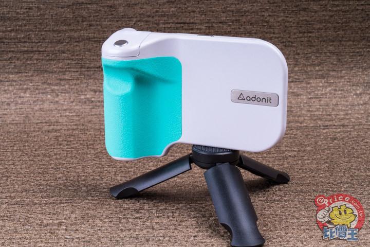 可充電可拍照:Adonit PhotoGrip 無線充電拍照握把開箱分享 - 1