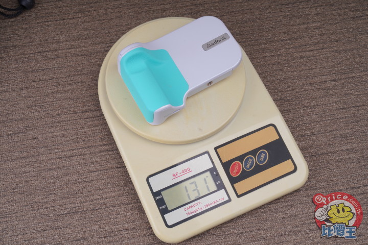 可充電可拍照:Adonit PhotoGrip 無線充電拍照握把開箱分享 - 6