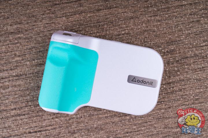 可充電可拍照:Adonit PhotoGrip 無線充電拍照握把開箱分享 - 5