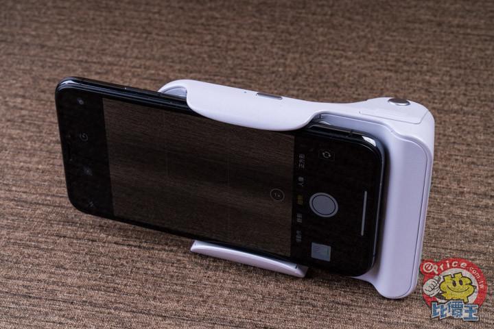 可充電可拍照:Adonit PhotoGrip 無線充電拍照握把開箱分享 - 10