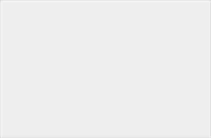螢幕攤開後以 22:9 比例呈現,三星 Galaxy Z Flip 官方宣傳圖像曝光 - 3