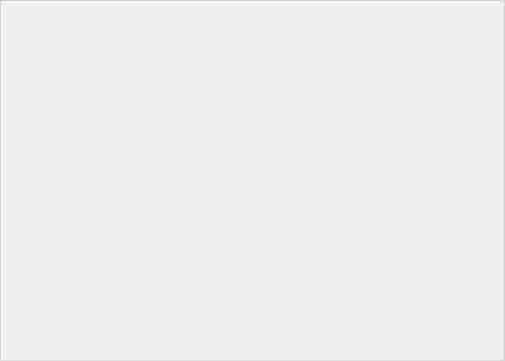 逼近鑽石硬度!hoda 藍寶石幻影 3D 保護貼到底有多厲害? - 7