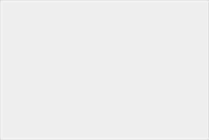 設計美型 防水夜拍機 萬元入手 Xperia 10 III 水漾藍 開箱! - 27